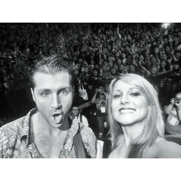 INDONESIA! I love you. Thank you for a wonderful night! :) @secondhandjohn http://t.co/hAybvVpbfE