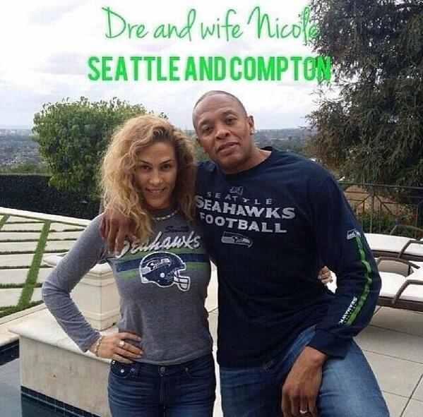 """You know it! Dre knows what's up! #GoHawks RT @SamoanNitemare: @SoCalSeahwksFns here's 2 more Southern Cali #12thMen http://t.co/AeSJiQGpxx"""""""