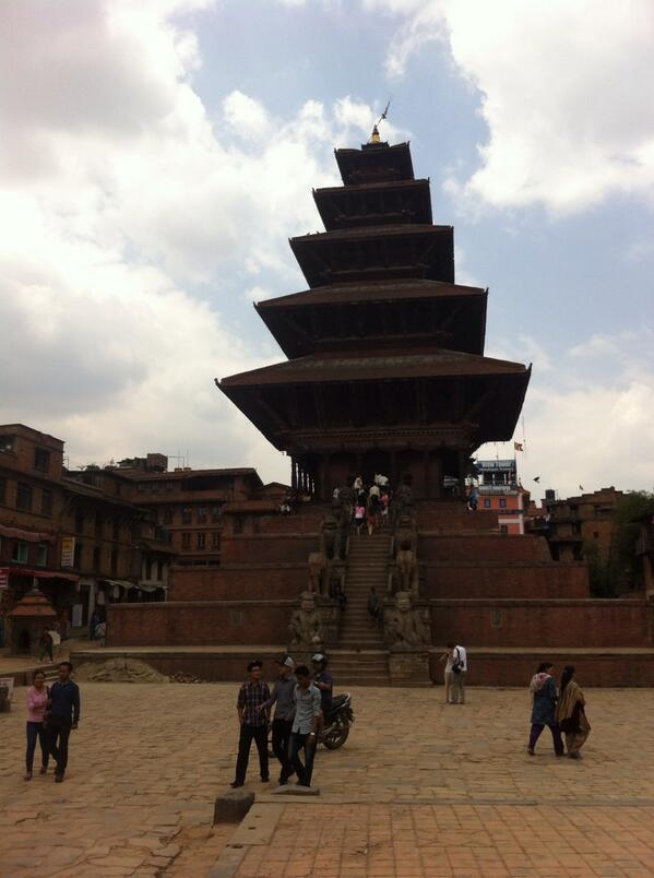 Nyatapol temple at Bhaktapur #Nepal #travel #ttot #bhaktapur #heritage #photography http://t.co/DwPa2V2jGX