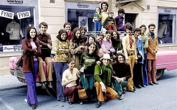 Осама Бин Ладен (второй справа) с семьей в Швеции. 1970 http://t.co/YByofMxnDP