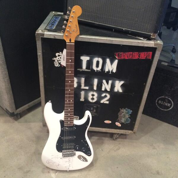 Want to win this @Fender guitar signed by @tomdelonge ? Head over to our instagram and figure out how!!!...@journeys http://t.co/U8ERjVK9mG