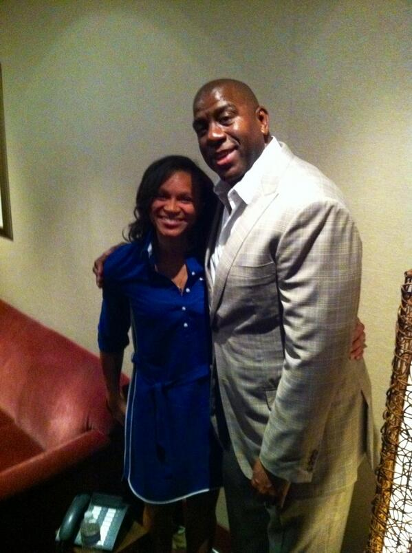 """The Best part of Last night I finally got to meet """"The Man"""" @MagicJohnson !!! Thanks for being our @LA_Sparks Owner!! http://t.co/y2ddYnUtTn"""