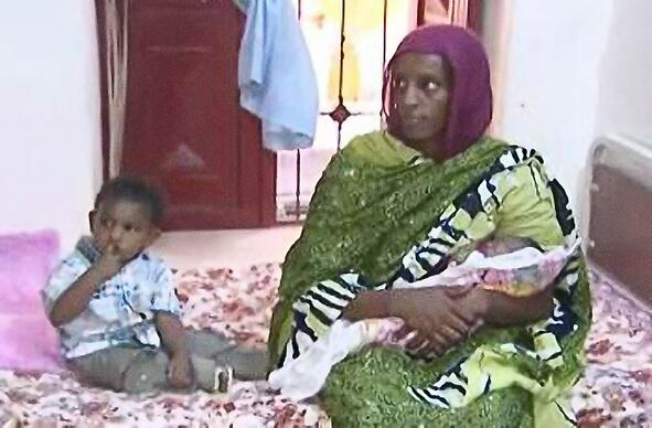 Sudanese official says Meriam Ibrahim is 'to be freed' http://t.co/FPIGmRINSd #SaveMeriam http://t.co/WeBWAZ4HTt // praying this is true!!!!