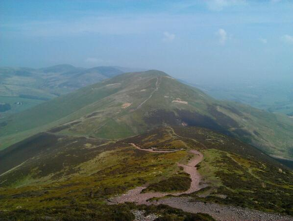 A Monday afternoon on the Pentland Hills. So close to #Edinburgh city center and a million miles away. http://t.co/HpTqXFRp8E