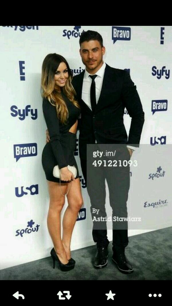 @mrjaxtaylor styling his @xcaliburshoes in NYC... http://t.co/JBNSEU723a