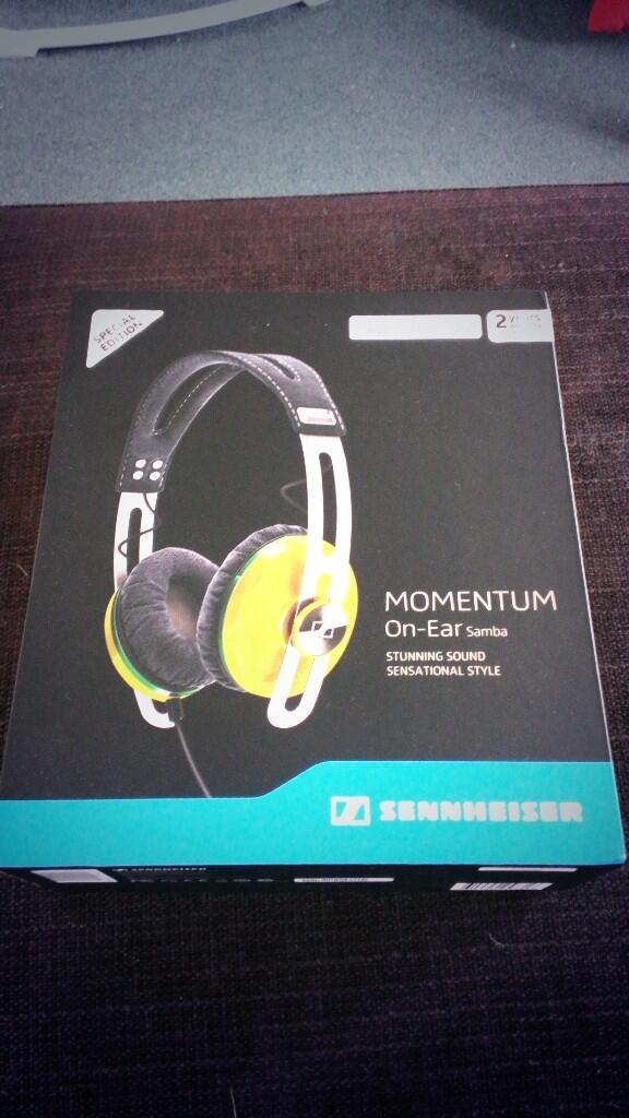 And we also have these to play with too... Special edition and awesome sound quality. #sennheiser http://t.co/87iQ8jdw7O