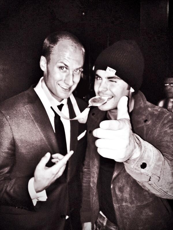 """Catching up with old friends...   """"@ZacEfron: Chef @DCBeran and I celebrating his big win. Tastes like chicken. http://t.co/DeuRj3uR19"""""""