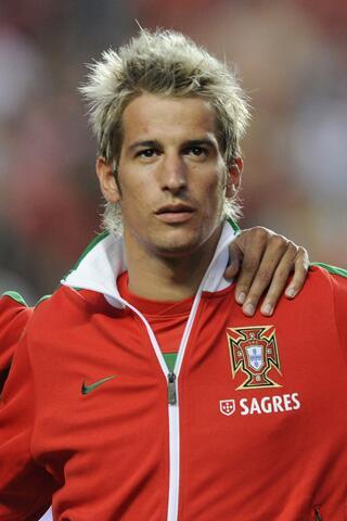 test ツイッターメディア - ファビオ・コエントラン  ポルトガル出身のサッカー選手。 レアル・マドリード所属。  力強い視線と銀髪♪    https://t.co/THvpg4RaiX