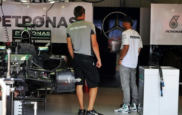 Lewishamilton with his race engineer peter bonnington for Garage mercedes monaco