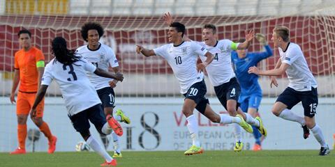 ENGLAND U17 WIN ON PENALTIES! The future's bright, it's not Oranje... http://t.co/3HFn2K9W3v