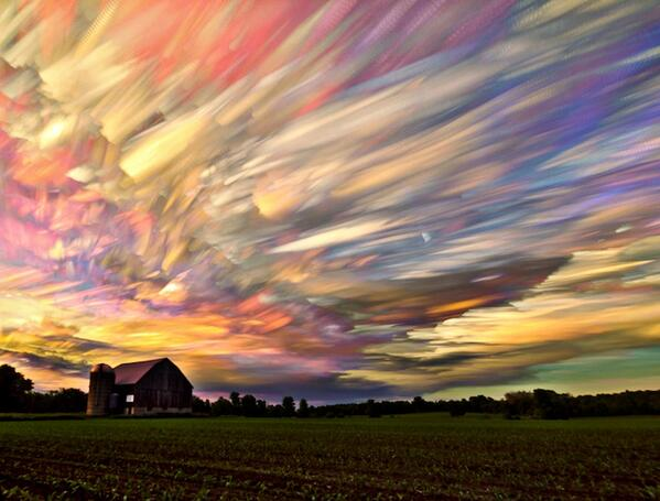 Can you believe this image is not Painted? It's seems as if the skies are painted.- 'Timelapse' photo by Matt Molloy http://t.co/SxzcTGGSVS