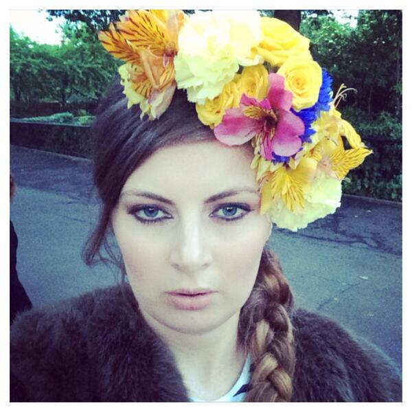 Love my @flowersociety hairband! Thanks for event tonight @zsllondonzoo @supportthetrust @theglobalparty #themovement http://t.co/rEbNrmGaYk