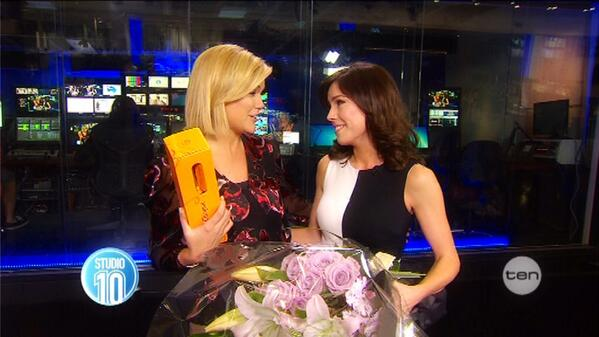 What a truly special surprise send-off, thank you @Studio10au for making me feel so loved @SarahHarris #TenNews http://t.co/33iSa610uo