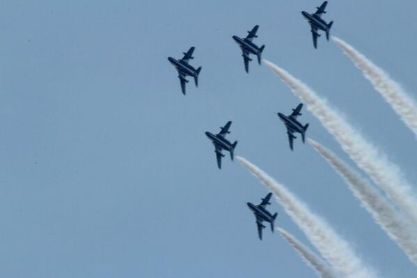24日は、東北六魂祭で青空に飛ぶブルーインパルスの飛行をお楽しみに http://t.co/LSgM4oItA0