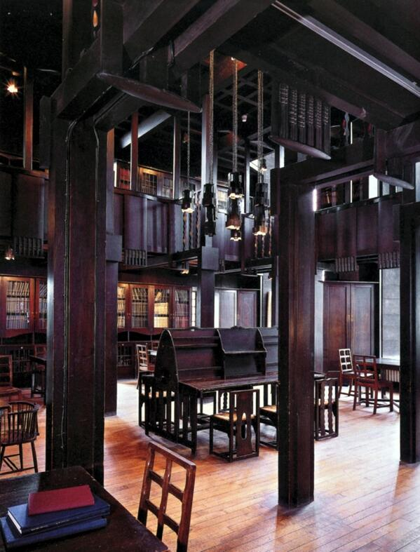 Charles Rennie Mackintosh's library at the Glasgow School of Art (photo by Mark Fiennes) http://t.co/rxmhOPH66A http://t.co/7gX3sPUD00