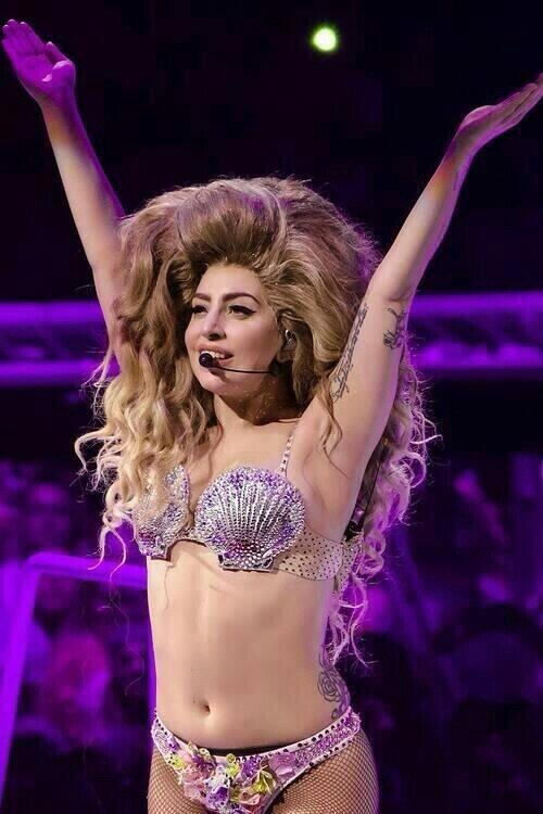 Let's win this. #heatLadyGaga http://t.co/e7nQ67JT1C