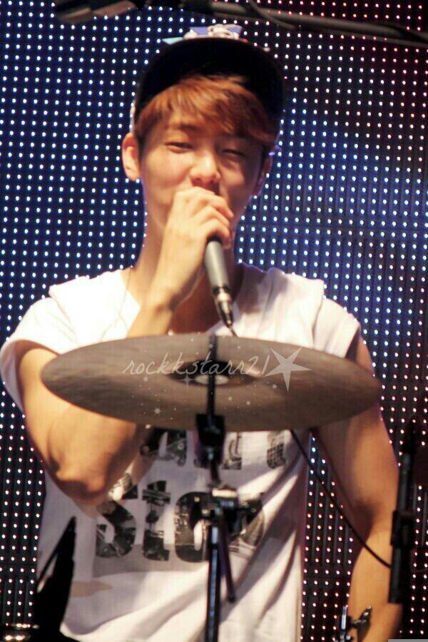 RT @GtJ_JYH: 140524 Minhyuk Can't Stop in Daegu #CantStopDaegu cr.rockkstarr21 http://t.co/A8RecLCiEh