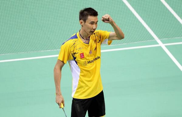 Malaysia takes the first game. Chong Wei beats Tago 21-12, 21-16. Next match is first doubles. #ThomasCup2014 http://t.co/JurQJSYZ0Z