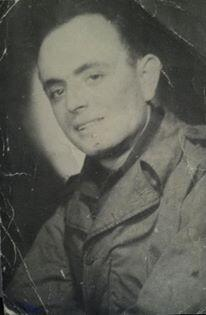 @DarrellIssa My dad before shipping out to European theater in WW2. 35th Army infantry division. http://t.co/ezfh5SNizT