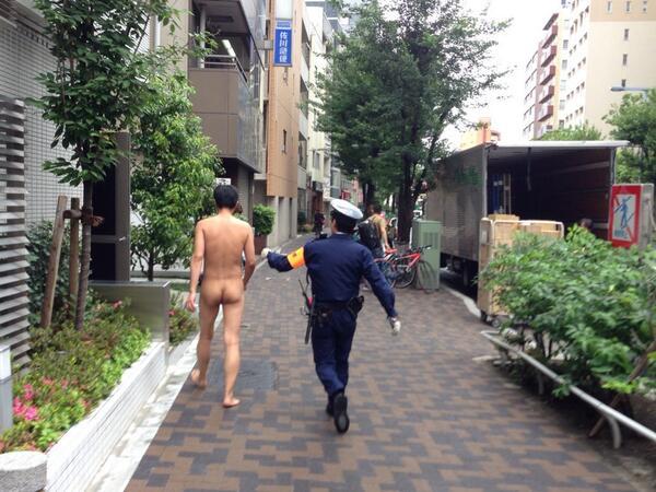 すみません。。。#新宿 http://t.co/YHUAy7Pgwk