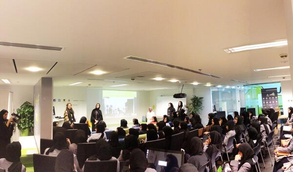Great engagement form the students during the #2454CreativeCampus presentation,lots of questions & great discussions! http://t.co/LrzrOHlvku