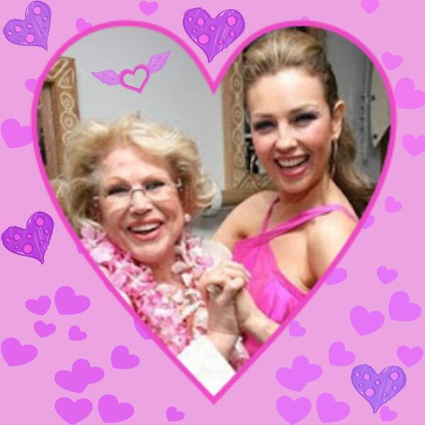 @Thalia Abrazos a tu alma y besitos a tu corazón!;-)))) #YolandaVive http://t.co/OFmRAY79Kz
