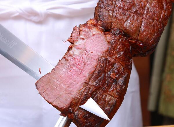 【お知らせ】学士会館は7/1~25までビアホールを開催します。90分間飲み放題&食べ放題でお1人様4000円。ビールなどドリンク30種以上、フードメニューも和・洋・中をご用意しています。目玉はブラジル料理。火曜はシュハスコも登場! http://t.co/iVN3KeUj0b