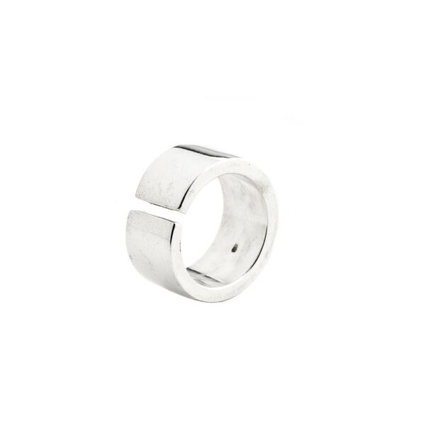 It's #fashion #competition time! #WIN this ring by @hensonjewellery, handmade to your size! RT & follow us to enter! http://t.co/IEP2y5auIq