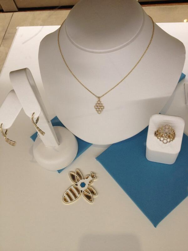 happy 135th bday @maisonbirks ! we love your Bee Chic collection! http://t.co/kIX202WzOt