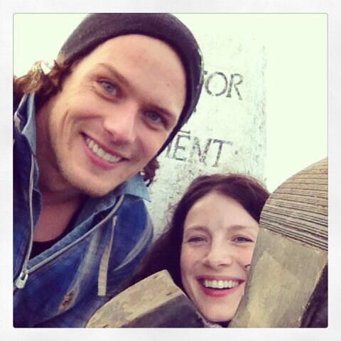 Sam Heughan (@Heughan): She went up in... Heels... #classyClimber @caitrionambalfe http://t.co/dstrphceIS