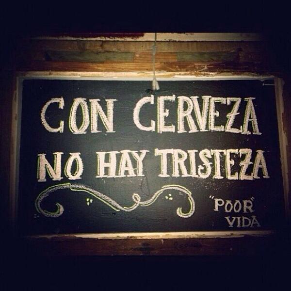 ¡No hay duda, con #cerveza no hay tristeza!...Salud!! http://t.co/x0XABBCaMt