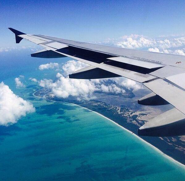 Nada se compara con el sentimiento de saber que has llegado a #Cancún http://t.co/SiLJ4glyhm