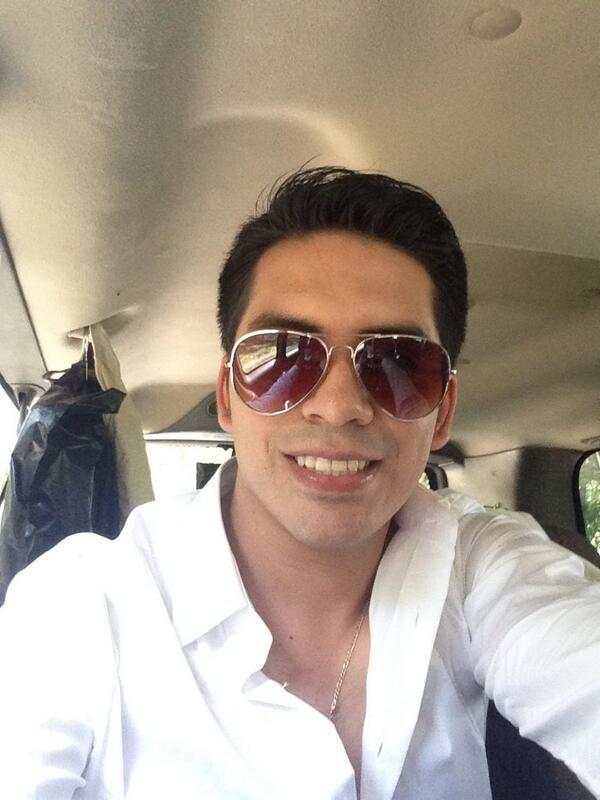 Arturo Vargas Rios (@LosPrimosArturo): Buenas noches :) http://t.co/n9iDIBiO3J