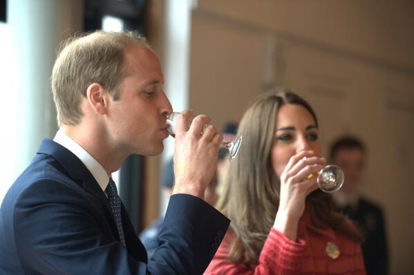And here they are at @thefamousgrouse #Experience. To top it off, the #Royals really enjoyed our whisky. #greatday! http://t.co/jZbDsMyZAv