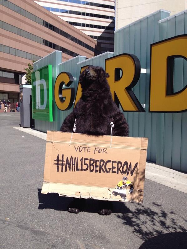 Bear sighting at #TDGarden. Campaigning hard all day in #Boston for #NHL15Bergeron http://t.co/yuyXrnVJYw