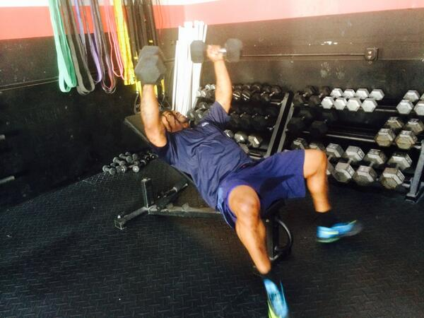 A sign? RT @edsmith84: @MoneyLynch preparing for the upcoming season!!!! #BeastMode @Seahawks http://t.co/jTPjigcLb4