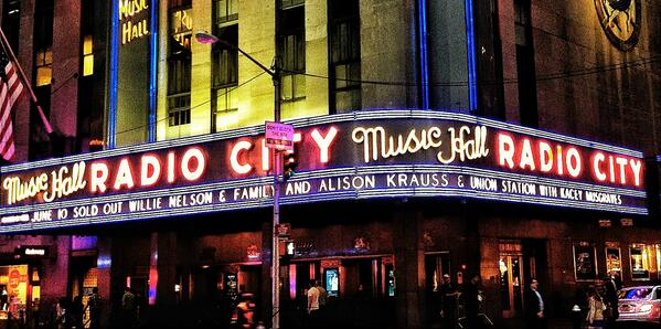 Such a great time! Thanks NYC and @RadioCity #AlisonKraussRC http://t.co/cwN3Hzzhbc