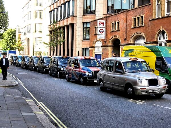 Nailed it RT@ITProPortal: LDN anti-Uber taxi protest results in 850% increase in app downloads http://t.co/31VtMayKkU http://t.co/uHzvBPYIW8
