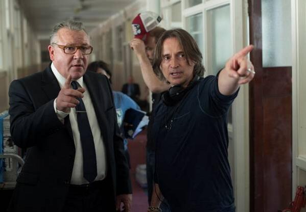 Principal photography has begun on @robertcarlyle_'s directorial debut @LegendofBarney - http://t.co/mhVPMEjajq http://t.co/a8tXtN7bI5