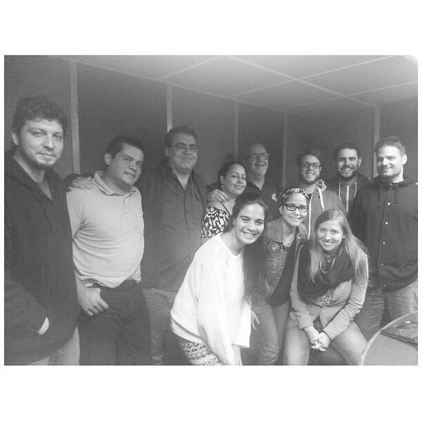 El equipo @DeNuevoEn se solidariza con el team Mega #ChataingTV @LuisChataing @JeanMary_ @ManuelSilvaH @JoseRGuzman http://t.co/nfgrraCIug