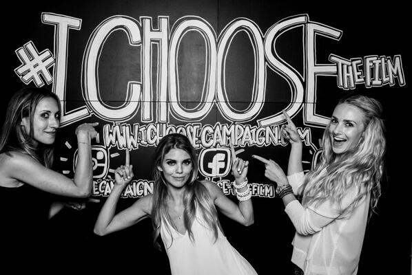 #ICHOOSEthefilm premiere after party @AcabarLa @IAMannalynnemcc #ChalkShotBooth http://t.co/MldVl6hgGR