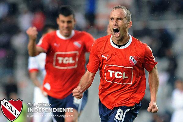 ¡Terminó el partido! ¡#Independiente vuelve a Primera! #ElRetornoDelRey https://t.co/Lf8eHGDnmr http://t.co/IewSNBbILk