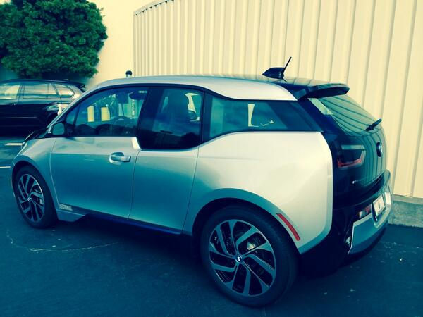 That new @bmw Electronaut is a pretty slick little ride #stylish http://t.co/aOigkMUqRW