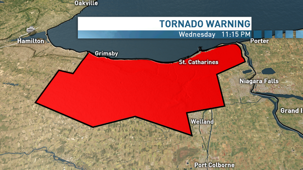 Tornado warning in effect for #StCatharine, #Grimsby, #Niagara. Take shelter immediately 11:17 pm ET http://t.co/IrP4F0Vowm