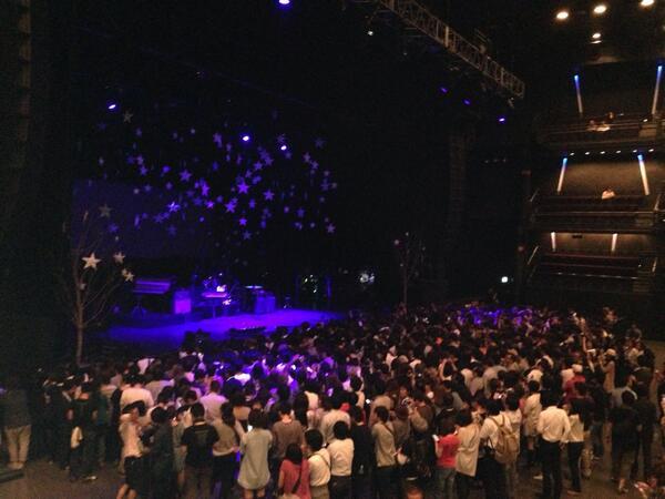 東京ドームシティnow. 7時からコールドプレイ コンサート、Jwaveから生中継‼︎ 超プレミアライブを81.3で生で是非‼︎ 会場、今こんな感じ。 http://t.co/rPE1xKYngB
