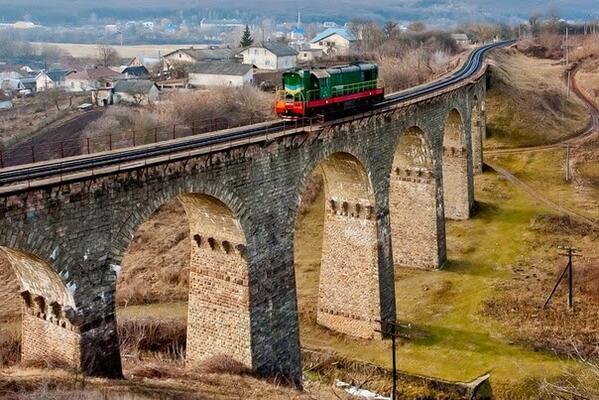 Це фото не Швейцарії і навіть не Франції, а з села Плебанівка, Тернопільської області http://t.co/ilTJbcJSvH