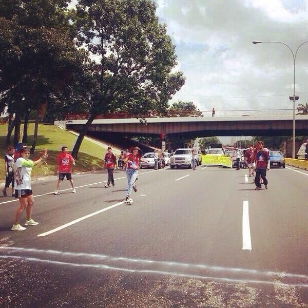 RubiTo (@Rubito_ve): Quien dijo que en Venezuela no empezó el mundial?? #Resistencia #SiSePuede