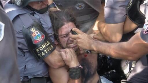 Video: Anti-World Cup protester pepper-sprayed at point blank range http://t.co/rmuwv6w2P8 http://t.co/SCJio6DNHu