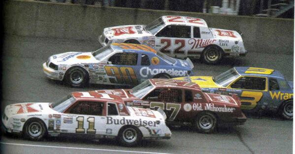 BACK WHEN THERE WAS NO SUCH THING AS AERO PUSH RT @TheOrangeCone: #NASCARThrowbackThursday - FIVE WIDE @MISpeedway http://t.co/eVgzqXLaot