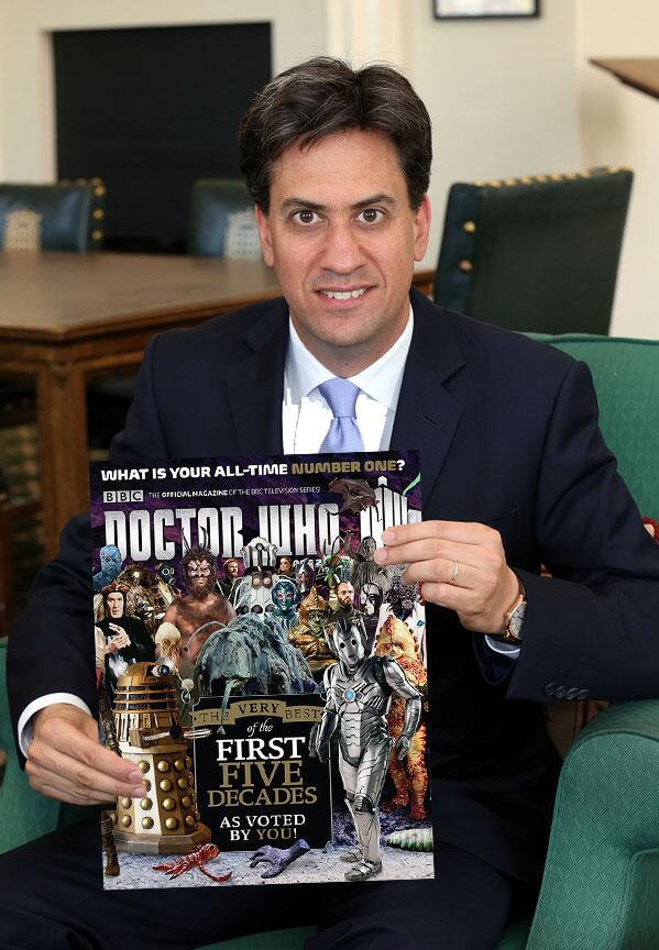 Turns out that @Ed_Miliband Sun photo was a photoshop job. Here's the original. http://t.co/0b6aVMrOeP